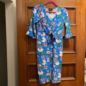 🌸Lulu's blue floral midi dress 🌸
